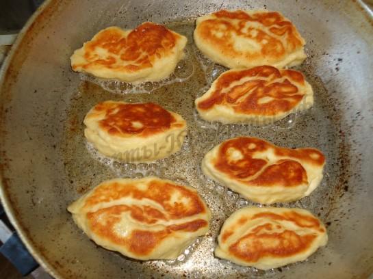 жареные пирожки с яблоком фото 6
