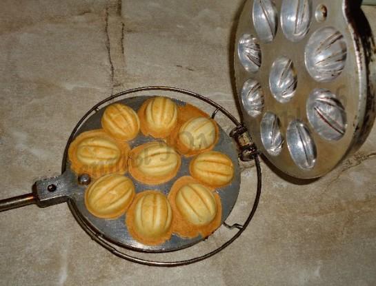 печенье орешки со сгущенкой в формочках рецепт
