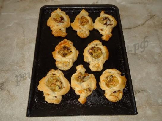 слойки с грибами фото 12