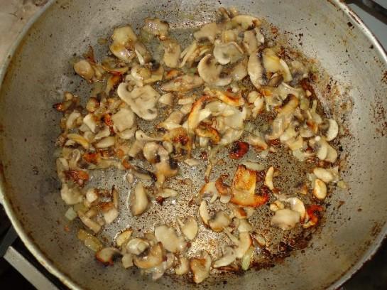 слойки с грибами фото 4