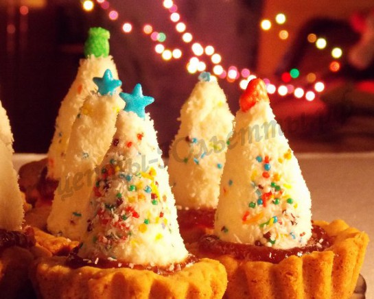 новогодние пирожные ёлочки фото