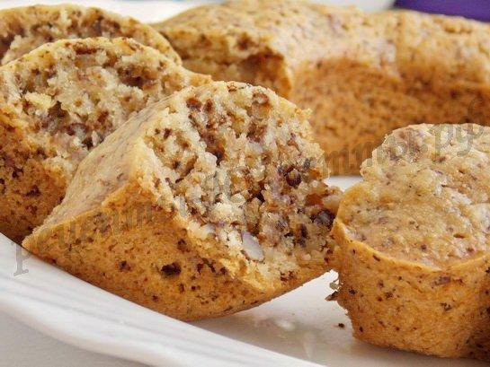 ореховый кекс красивый и вкусный!