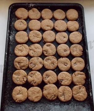 шоколадное печенье с шоколадом