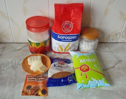ингредиенты для шоколадного манника на кефире