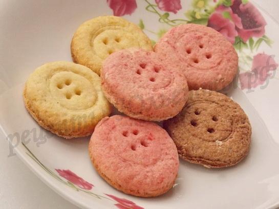 печенье в виде пуговиц