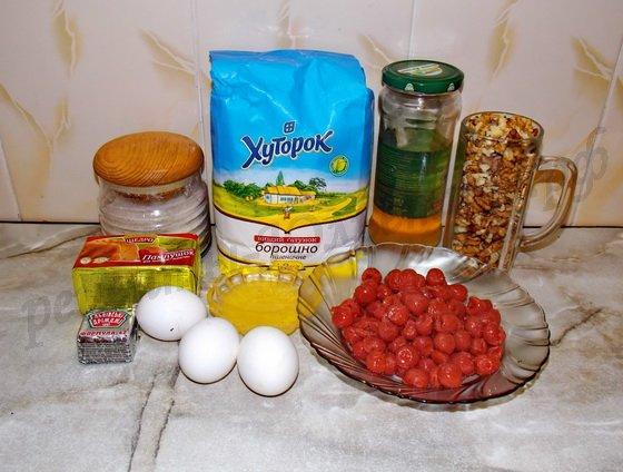 ингредиенты для дрожжевого рулета с орехами