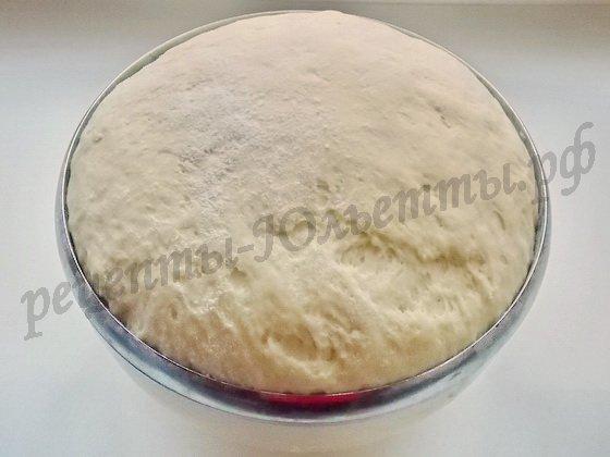 тесто для жареных пирожков готово