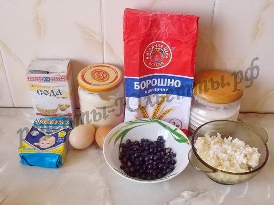 ингредиенты для чернично-творожных кексов