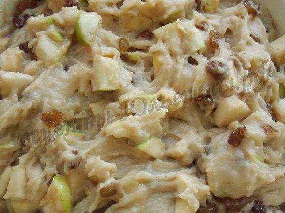 тесто для яблочного кекса с изюмом