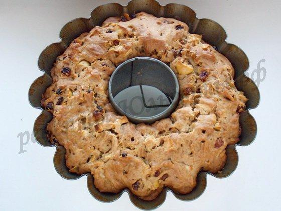 выпекаем кекс с яблоками
