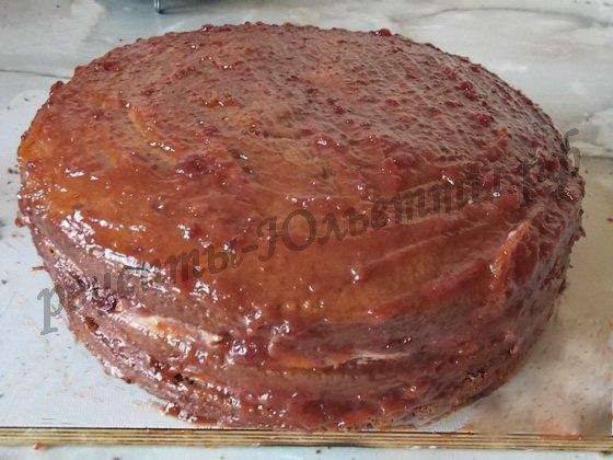 глазируем торт повидлом