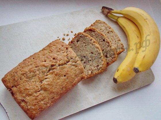 нарежем хлеб с бананами на кусочки