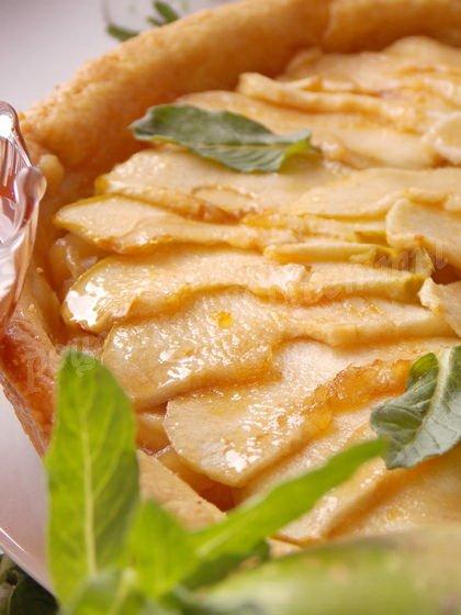 яблочный тарт по-французски