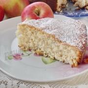 рецепт шарлотки с яблоками и овсяной мукой