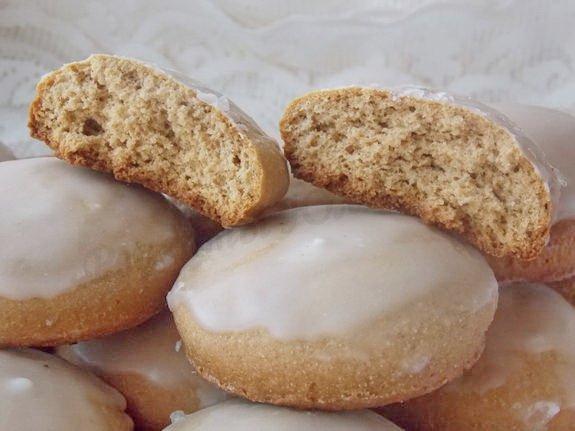 медовики в сахарно-лимонной глазури