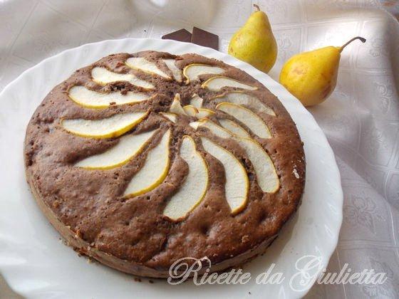 mettete la pronta torta sul piatto