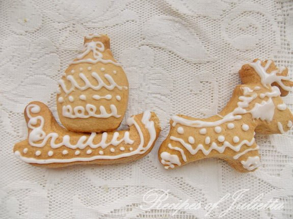 decorate your Christmas gingerbread