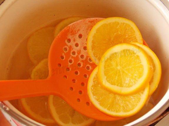 выловим апельсины из сиропа