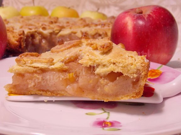 нежный яблочный пирог из песочного теста