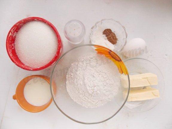ингредиенты для маффинов с корицей