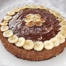 шоколадный торт с бананами