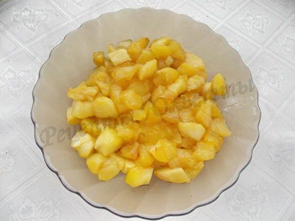 остужаем тушёные яблоки