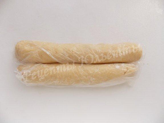скатываем колбаски