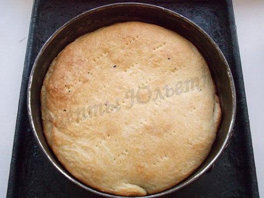 выпекаем рыбный слоёный пирог