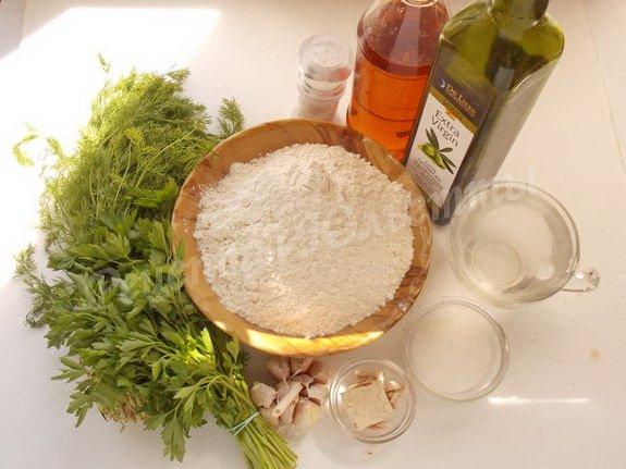 ингредиенты для весеннего зелёного хлеба