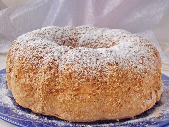 нежный, воздушный бисквитный пирог