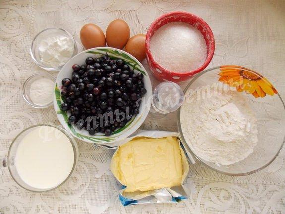 ингредиенты для пирога с чёрной смородиной