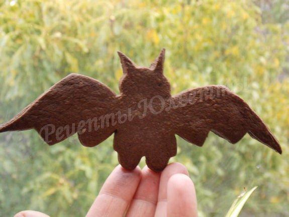печенье в форме летучей мыши