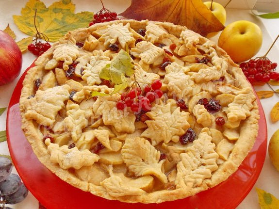 рецепт яблочного пирога листопад