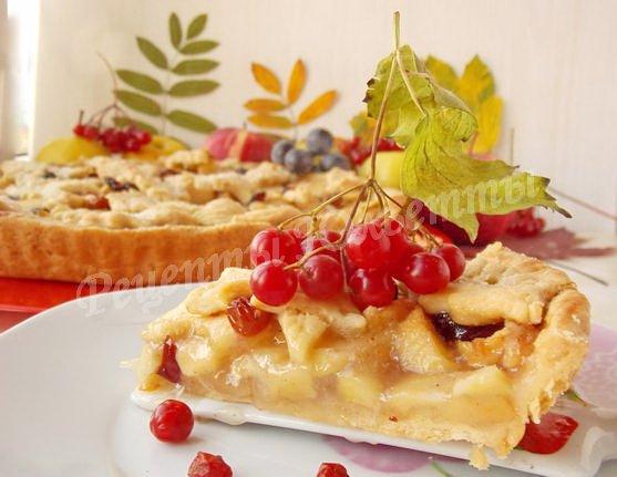 красивый осенний пирог