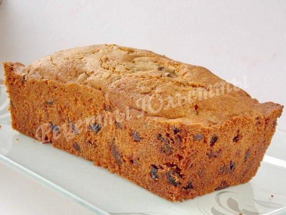 остывший кекс перекладываем на блюдо