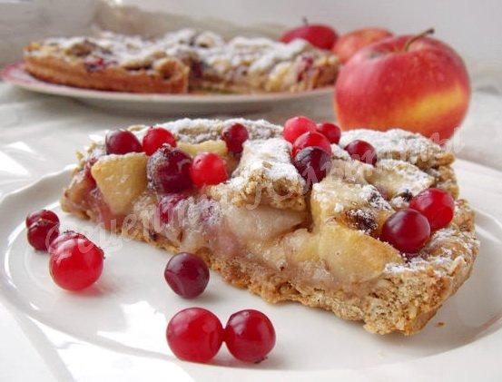 клюквенно-яблочный пирог