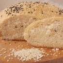 пшеничный хлеб с кунжутом