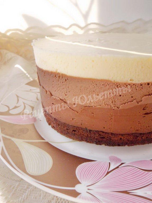 полосатый шоколадный торт
