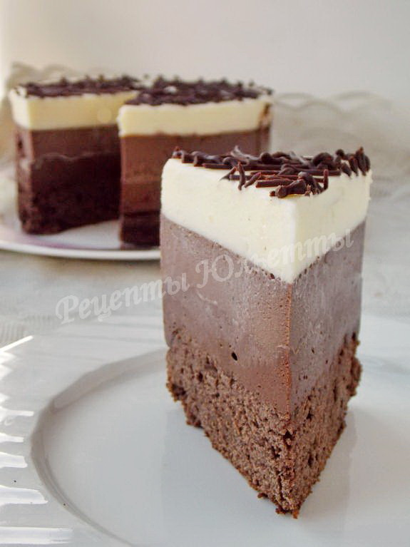 трёхцветный шоколадный торт