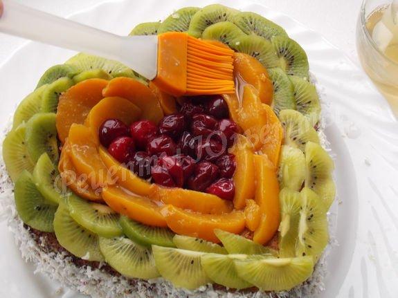 наносим желе на фрукты