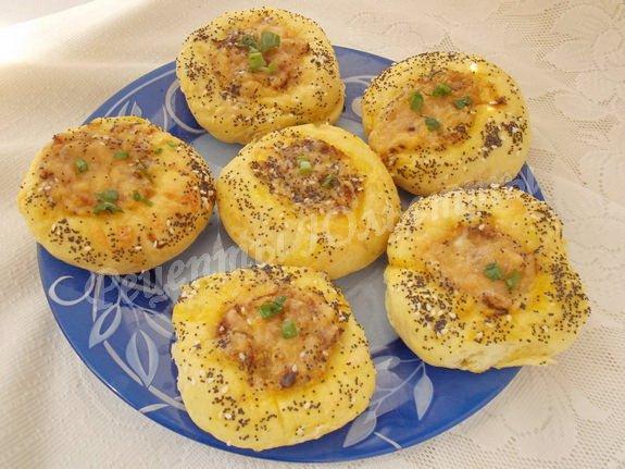 ватрушки с луково-сырной начинкой