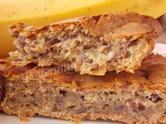 рецепт постного пирога с бананом, мёдом и овсяными хлопьями