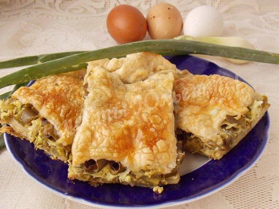 рецепт пирога с луковыми стрелками