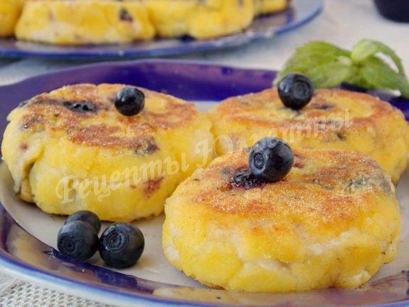 сырники со свежей черникой