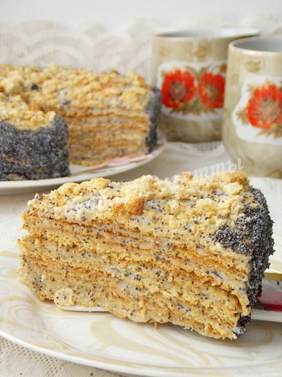 медовый торт с заварным кремом и маком